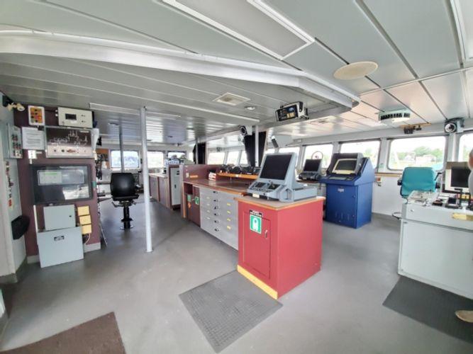 1990 Explorer Yacht
